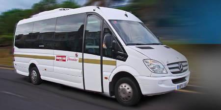 Traslado privado en coche, minibus o autocar